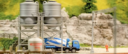 cement-truck-pb6g29c